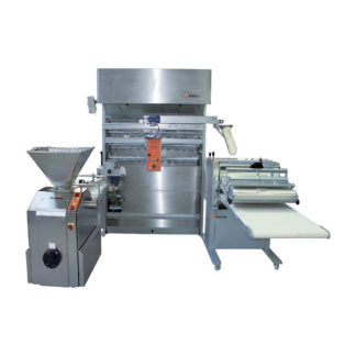 Zelaieta Groupe with Horizontal Moulder
