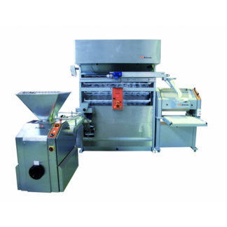 Zelaieta Groupe with Vertical Moulder